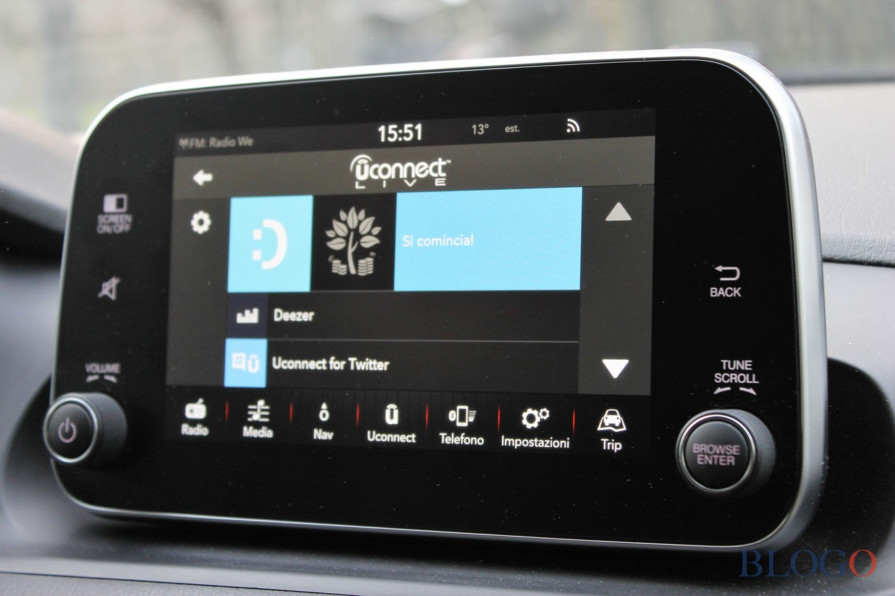fiat-tipo-u-connect-live03.jpg