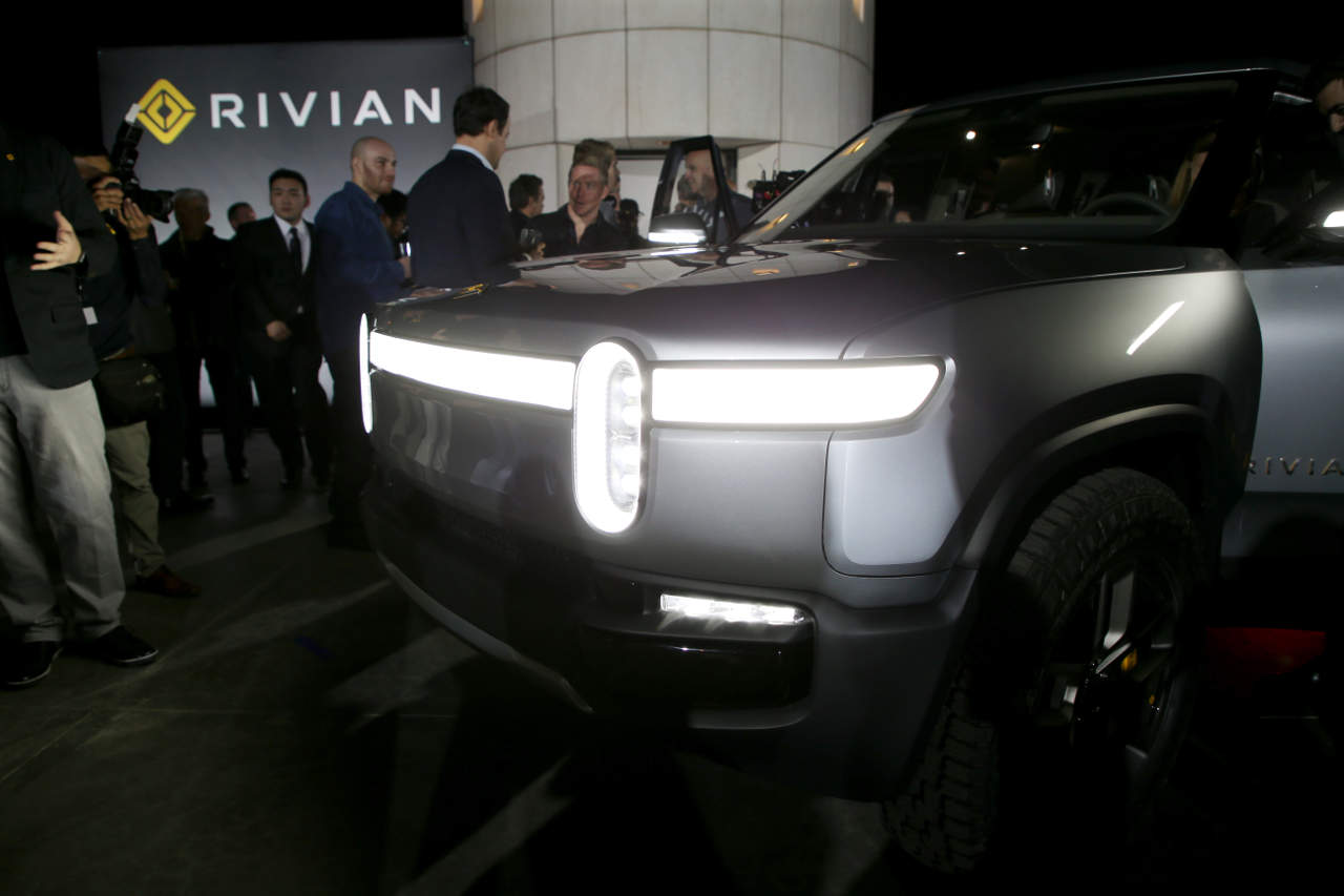 Auto Elettriche Gm E Amazon Interessate A Rivian