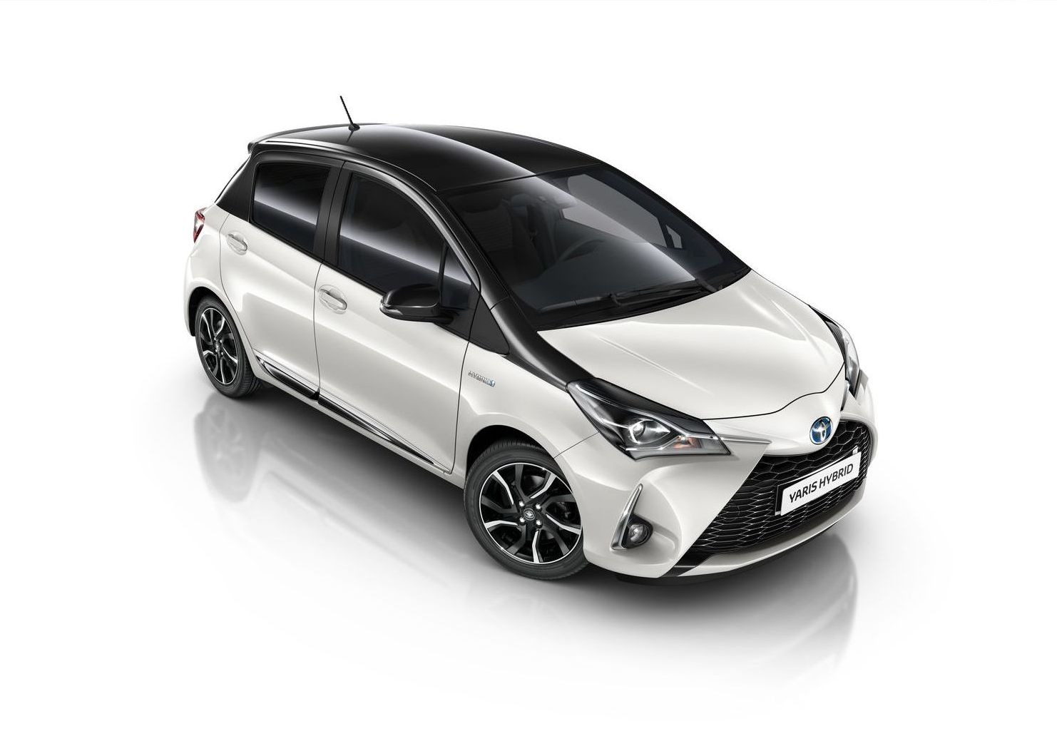 toyota yaris trend white edition. Black Bedroom Furniture Sets. Home Design Ideas