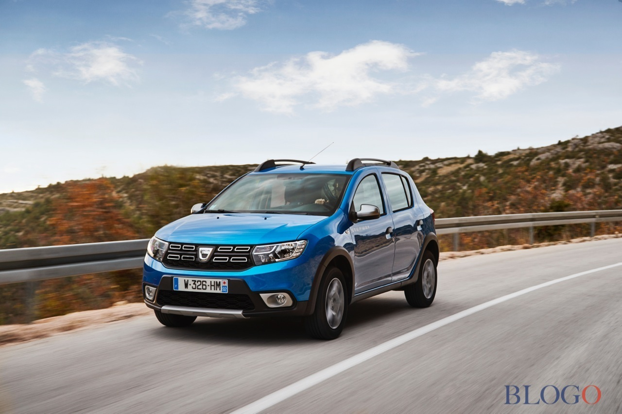 dacia sandero stepway 2017 prova su strada. Black Bedroom Furniture Sets. Home Design Ideas