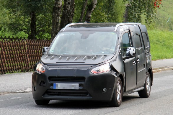 Spyshots_Ford_Transit_Connect_MY_2013