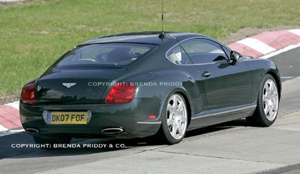 Bentley Continental GT restyling: nuove foto spia