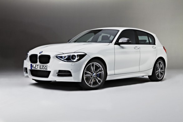 bmw m135i cinque porte. Black Bedroom Furniture Sets. Home Design Ideas