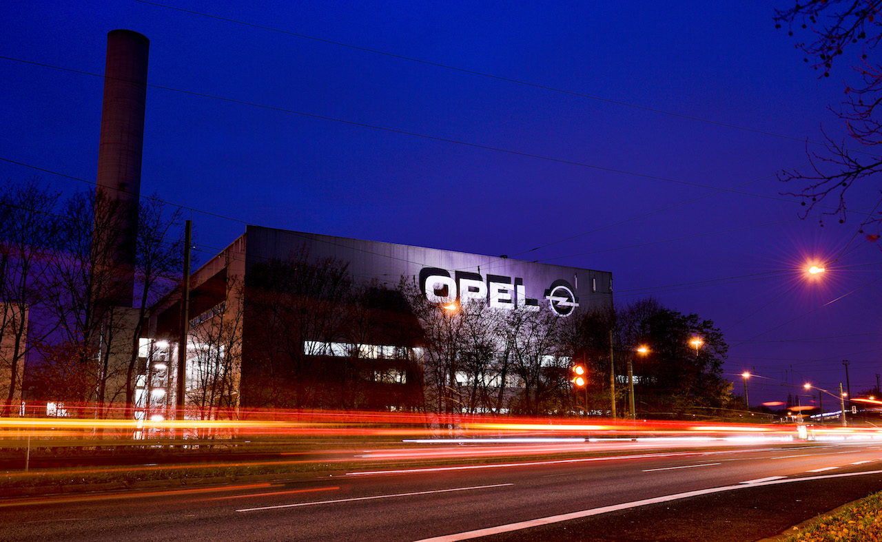 BOCHUM, GERMANY - DECEMBER 05: A general view of the Opel factory one on December 5, 2014 in Bochum, Germany. Opel, which is a subsidiary of General Motors, is closing the factory and laying off 3,300 workers in a cost-cutting and capacity-reduction measure. Completed in 1962, the factory employed up to 22,000 workers and produced up to 250,000 cars per year. Today the last car to be produced at the plant, an Opel Zafira, will roll from the assembly line. (Photo by Sascha Schuermann/Getty Images)