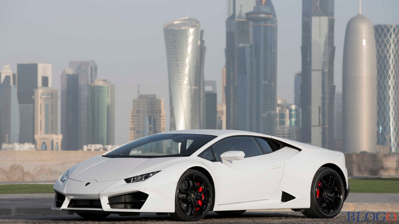 lamborghini huracan nuovo video ufficiale. Black Bedroom Furniture Sets. Home Design Ideas