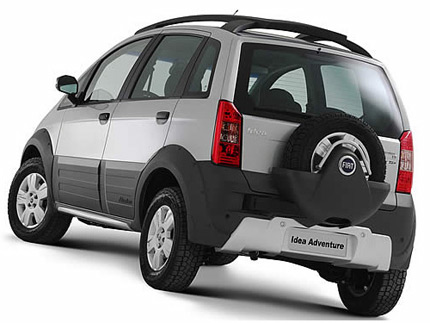 Fiat idea adventure solo per il brasile for Paragolpe delantero fiat idea adventure