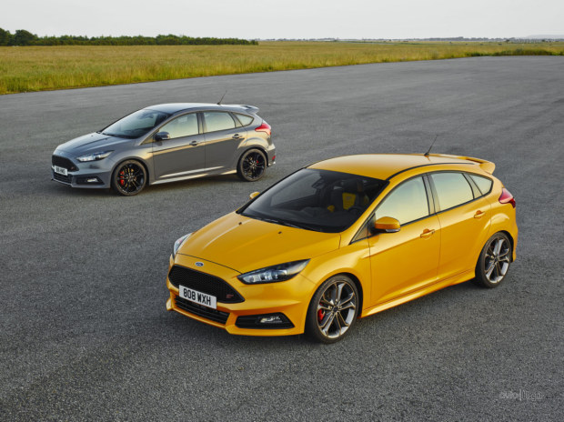 Ford Focus ST 2015 e Ford Focus ST TDCi 2015