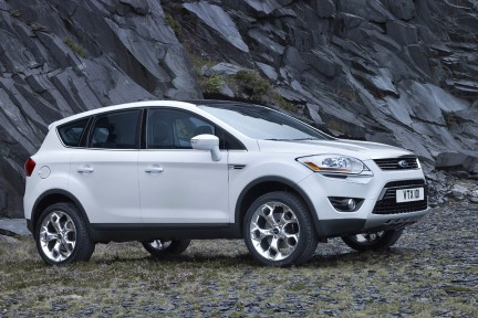 ford kuga foto ufficiali. Black Bedroom Furniture Sets. Home Design Ideas