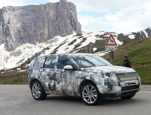2014 - [Land Rover] Discovery Sport [L550] - Page 4 Foto-spia-land-rover-discovery-02