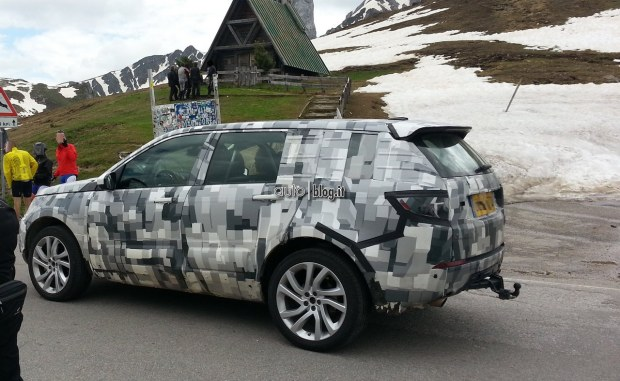 2014 - [Land Rover] Discovery Sport [L550] - Page 4 Foto-spia-land-rover-discovery-06