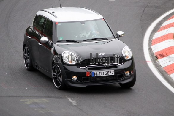 Foto Spia Mini Countryman JCW