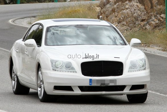 Foto spia nuova Bentley Continental Flying Spur