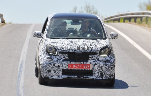 2014 - [Smart] ForTwo III [C453] - Page 19 2015-smart-fortwo-brabus-01