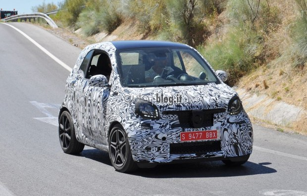 2014 - [Smart] ForTwo III [C453] - Page 19 2015-smart-fortwo-brabus-02