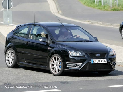 Foto spia Ford Focus RS
