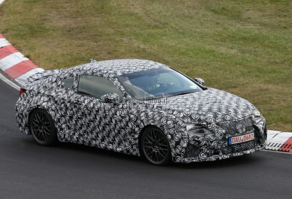 Lexus IS-F Coupe: foto spia dal Nurburgring