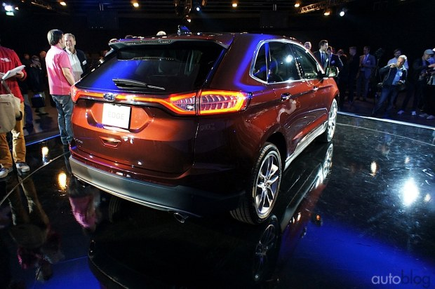 2015 - [Ford] Edge II - Page 2 Ford-edge21
