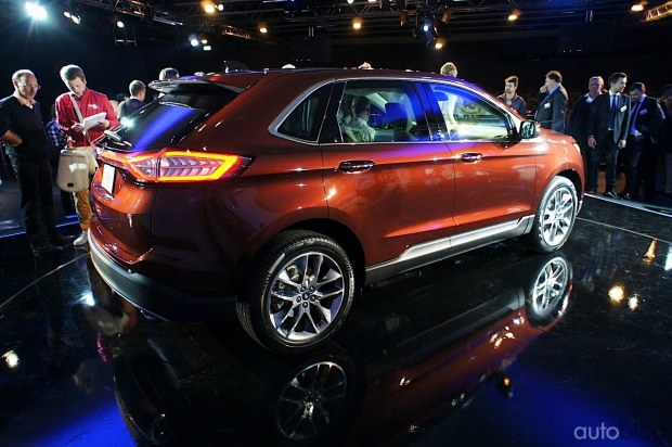 2015 - [Ford] Edge II - Page 2 Ford-edge22