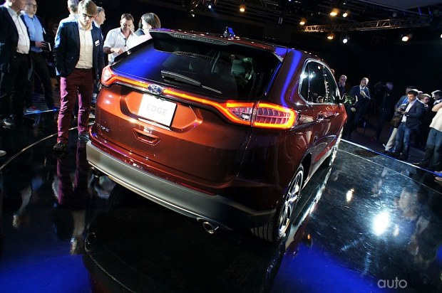 2015 - [Ford] Edge II - Page 2 Ford-edge29