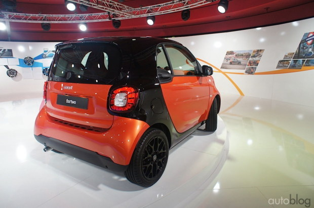 2014 - [Smart] ForTwo III [C453] - Page 18 Nuova-smart-2015-23