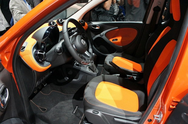 2014 - [Smart] Forfour [W453] - Page 12 Nuova-smart-2015-15
