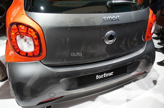 2014 - [Smart] Forfour [W453] - Page 12 Nuova-smart-2015-18
