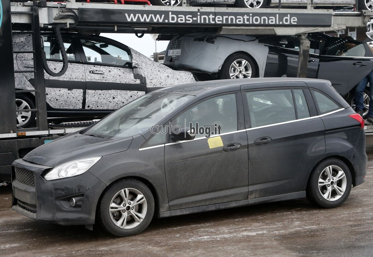 2014 - [Ford] C-Max Restylé - Page 2 Spyshots-2015-ford-c-max-06