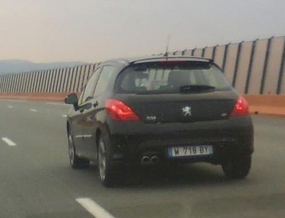 Peugeot 308 GTi e 308 restyling
