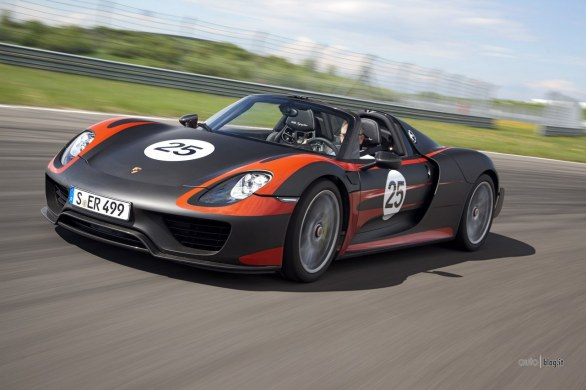 porsche 918 spyder dati ufficiali. Black Bedroom Furniture Sets. Home Design Ideas