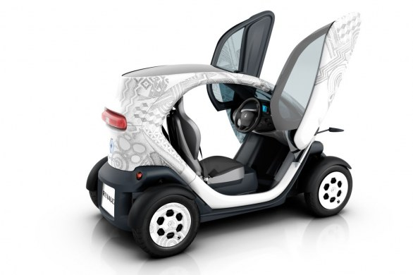 renault presenta twizy 45 e twizy elettriche. Black Bedroom Furniture Sets. Home Design Ideas