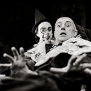 Graham Crowden and Alec Guinness in Exit the King