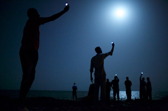 01 John Stanmeyer, USA, VII for National Geographic, Signal, Djibouti City, 26 February © World Press Photo of the Year 2013