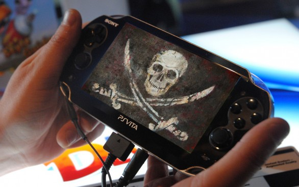 Playstation Vita Cracked Hacked Gamesblog.it