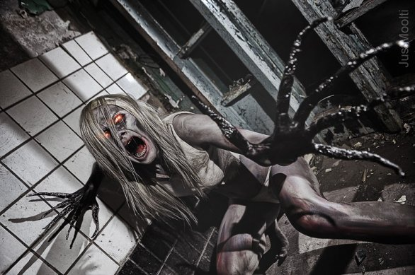 Left 4 Dead - Witch - cosplay di Julia Kasu
