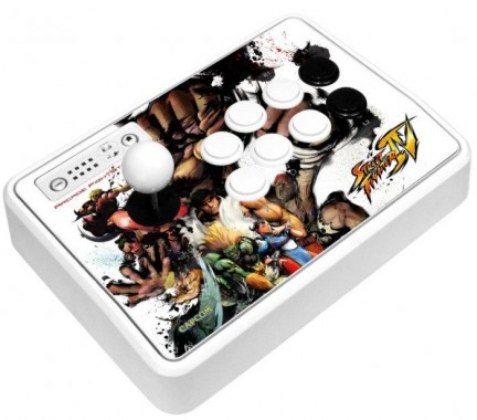 Street Fighter IV - 3 nuovi controller