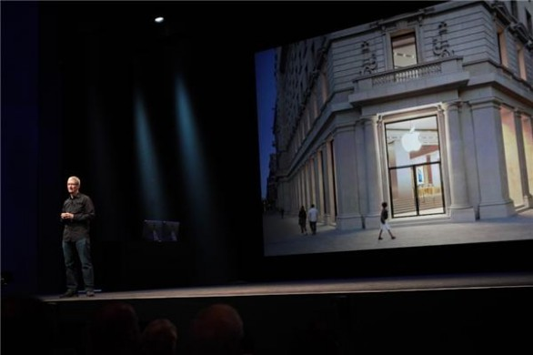 Tim Cook Apple Store Barcellona