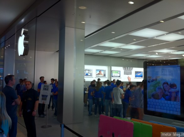 foto inaugurazione apple store campania On apple store campania