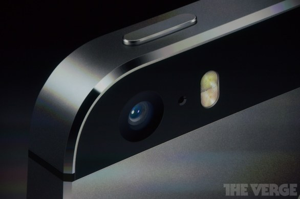 flash iPhone 5S, diretta live This should brighten everyone's day