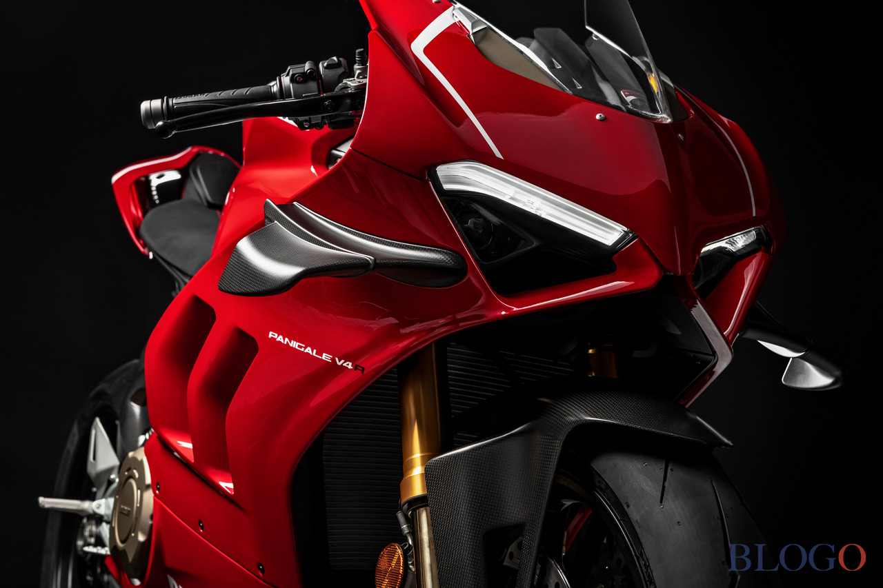 ducati panigale v4 r 2019 mostro da pista. Black Bedroom Furniture Sets. Home Design Ideas