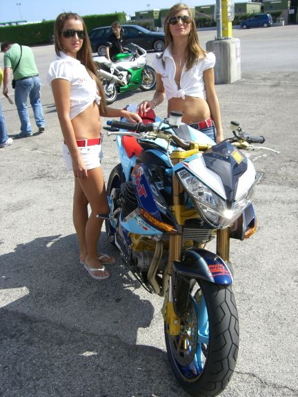 Rapid inside girls benelli day misano