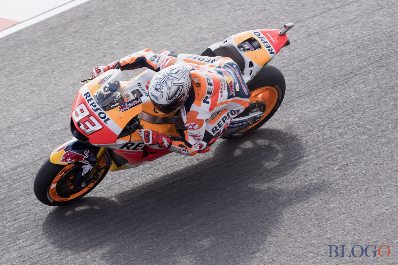 RIO HONDO, ARGENTINA - APRIL 07:  Marc Marquez of Spain and Repsol Honda Team heads down a straight during the MotoGp of Argentina - Free Practice on April 7, 2017 in Rio Hondo, Argentina.  (Photo by Mirco Lazzari gp/Getty Images)