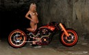 AFT Customs Er Hed e le Sexy Bikers