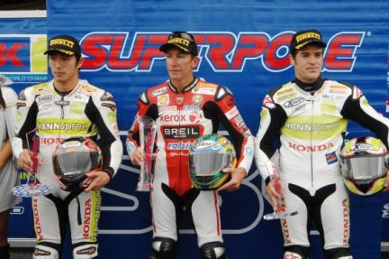TroyBayliss in Superpole a Donington Park