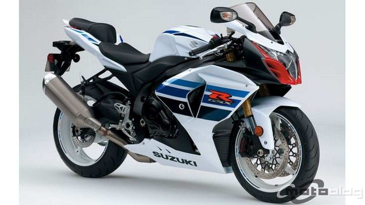 BMW HP4 Vs Suzuki GSX-R 1000: il Video confronto in pista