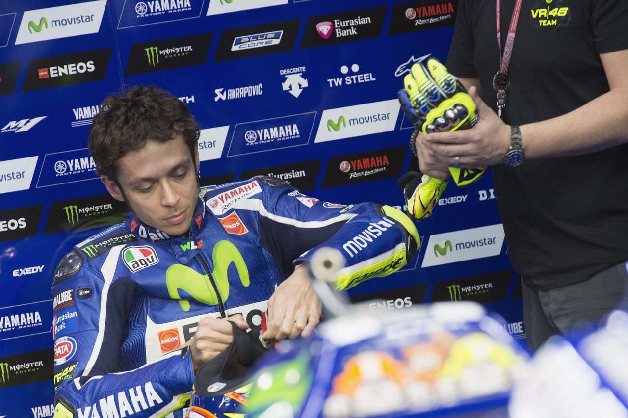 DOHA, QATAR - MARCH 18:  Valentino Rossi of Italy and Movistar Yamaha MotoGP prepares to start in box during the MotoGp of Qatar - Free Practice at Losail Circuit on March 18, 2016 in Doha, Qatar.  (Photo by Mirco Lazzari gp/Getty Images)