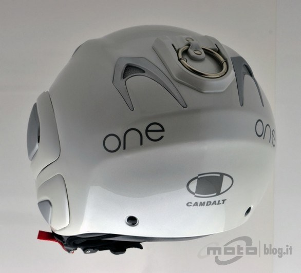 Casco con anello anti-furto