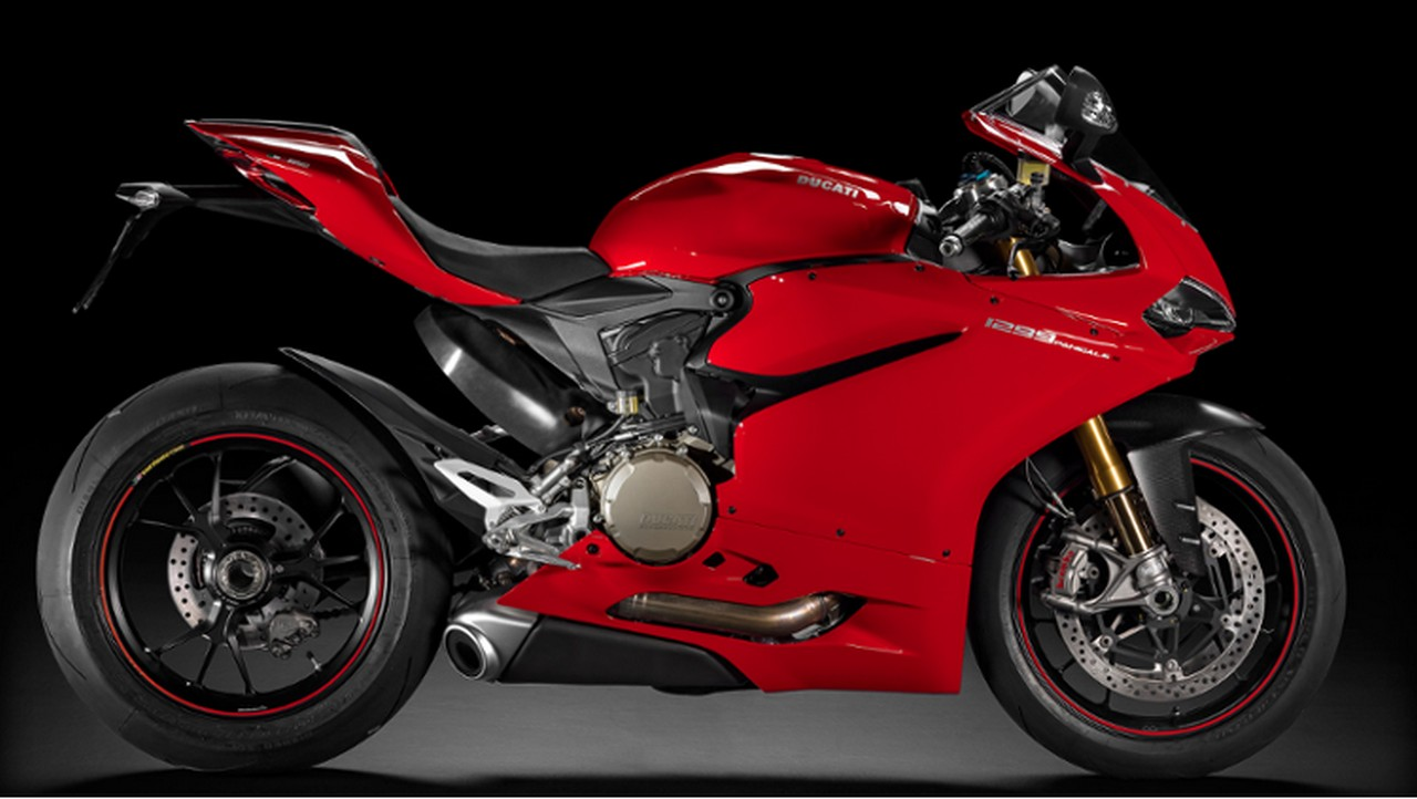 ducati 1199/1299 Panigale ( Topic N.4 ) - Page 6 2015-ducati-1299-panigale-s-11
