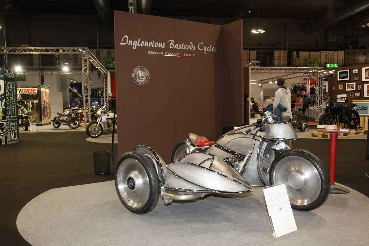 16_eicma_custom_2016_bike_show_radical_inglourious_basterds.jpg