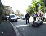 incidente moto in città