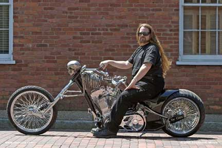 Personaggio heavy on Skeleton Bike